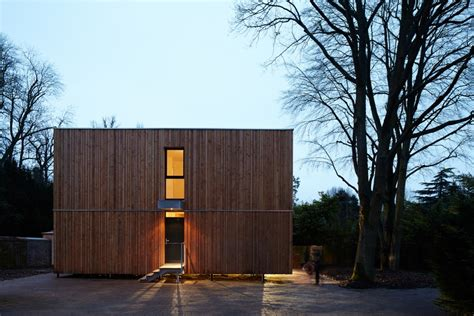 maison cube so bois 1er prix national de la construction