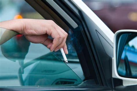 comment nettoyer des si鑒es de voiture comment faire partir l odeur de fumée de cigarette d une voiture conseils pratiques