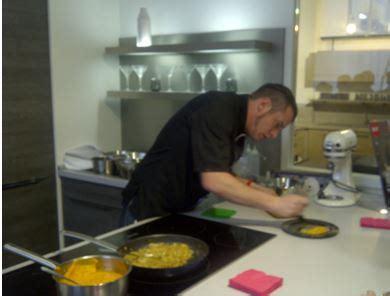 cuisine de norbert but les clients de but city cuisinent avec norbert