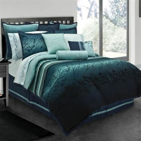 teal king size comforter sets 1001 id 233 es pour une chambre bleu canard p 233 trole et paon 8438