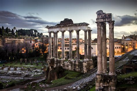 foto de 10 Inspiring Photos of the Roman Forum YourAmazingPlaces com