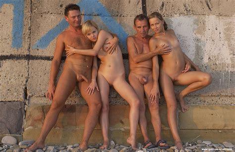 Galitsin Liza Nude Office Girls Wallpaper