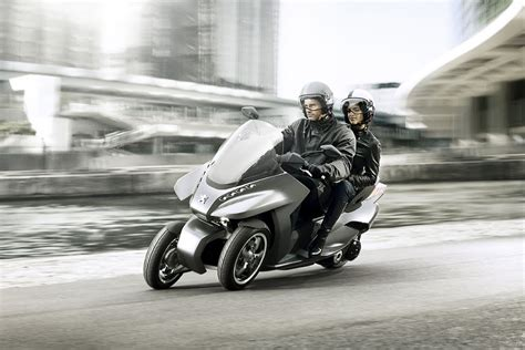 Peugeot Motorcycles by Mahindra Two Wheelers Acquires 51 Stake In Peugeot