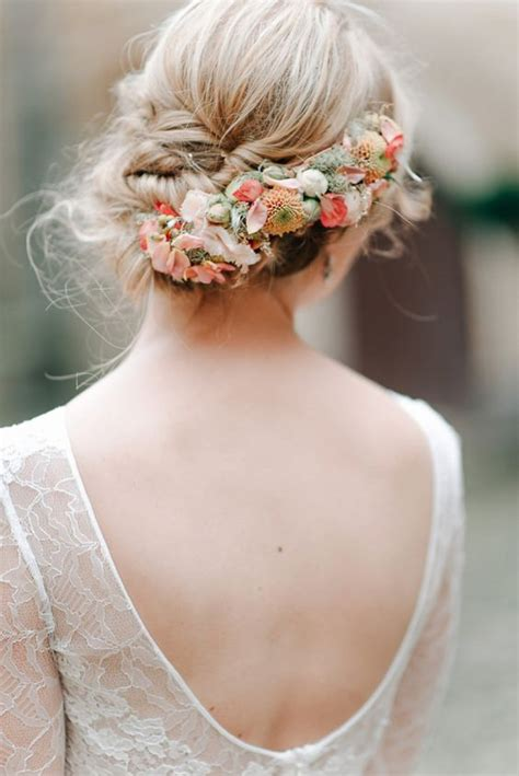 18 Super Romantic And Relaxed Summer Wedding Hairstyles