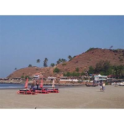 arambol-beach-goa6 - tourmet