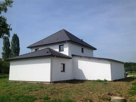 maison en kit moderne maison bois kit contemporaine amenagement exterieur enduis becokit maisons ossature bois