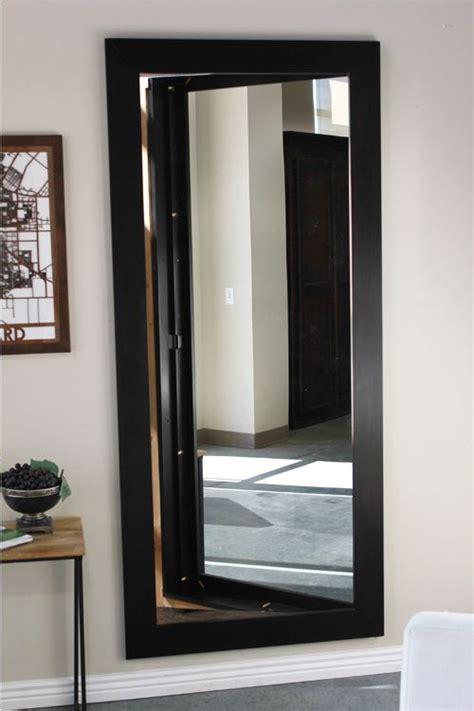 25 best ideas about mirror door on master
