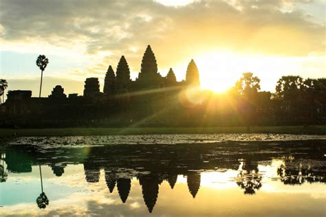 Best Way To Visit Angkor Wat Sunrise To Sunset Love And Road
