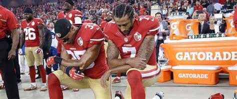 colin kaepernick kneels  national anthem  monday