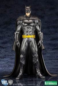 DC Comics Justice League Batman New 52 ArtFX+ Statue from ...