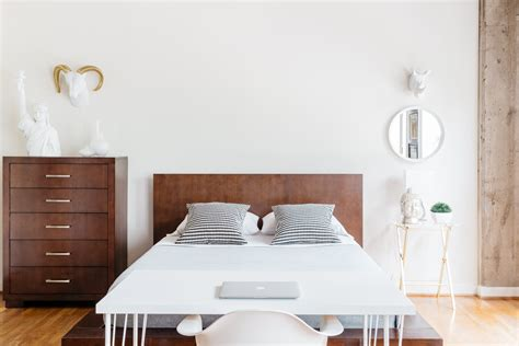 Bedroom Minimalist by Minimalist Bedroom Ideas That Aren T Boring Apartment