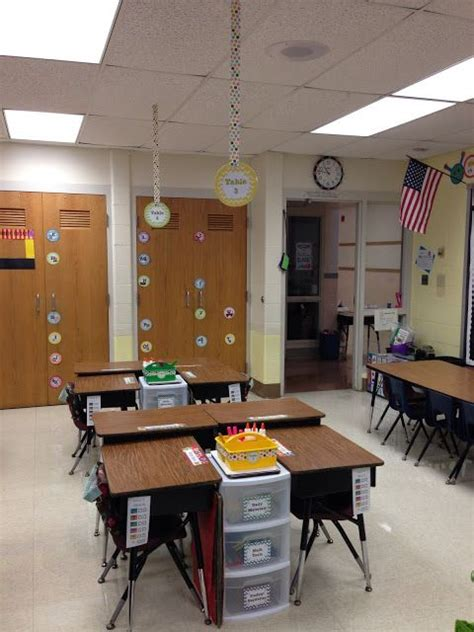 floor ls for classrooms the 25 best desk arrangements ideas on pinterest classroom desk arrangement classroom