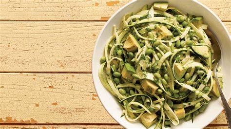 comment cuisiner courgette salade de courgettes recette iga edamame avocat