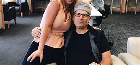 ed o neill fan actor poses with a fan but doesn t recognize her tiphero