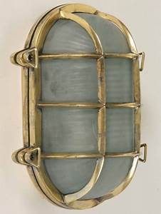 Large Old School Oval Bulkhead Light  Outdoor