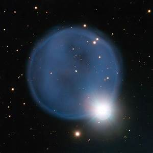 Star aligns with planetary nebula to create diamond ring ...