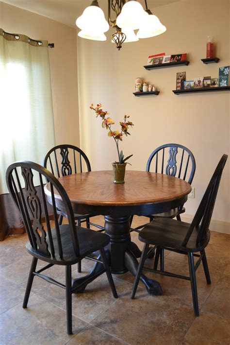 craftaphile refinished table  chairs