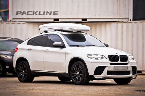 ultimate packline car roof boxes   bmw