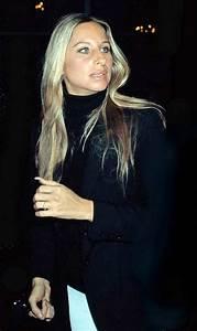 Barbra Streisand Hairstyles - Hair Colar And Cut Style
