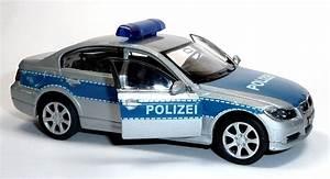 Polizei Auto Kaufen : spielzeugauto polizei kinderbuch kinderb cher kinderh rspiele kinderfilm cd dvd filme ~ Yasmunasinghe.com Haus und Dekorationen