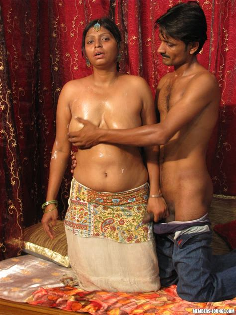 Hot Indian Girls Going Down Xxx Dessert Picture 5