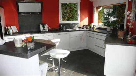 ergonomie cuisine cuisine sur mesure en blanc brillant dans l 39 ain par abema