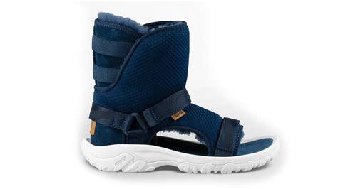 Teva Sandal UGG Boot