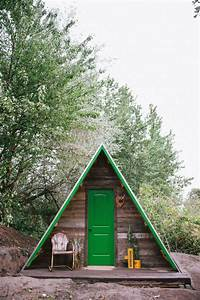UO Journal: How to Build an A-Frame Cabin - Urban