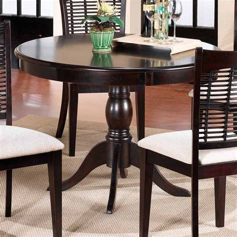 44 Inch Dining Table by Hillsdale Bayberry 44 In Pedestal Dining Table