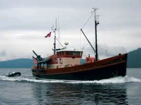 Fishing Boat Converted to Yacht
