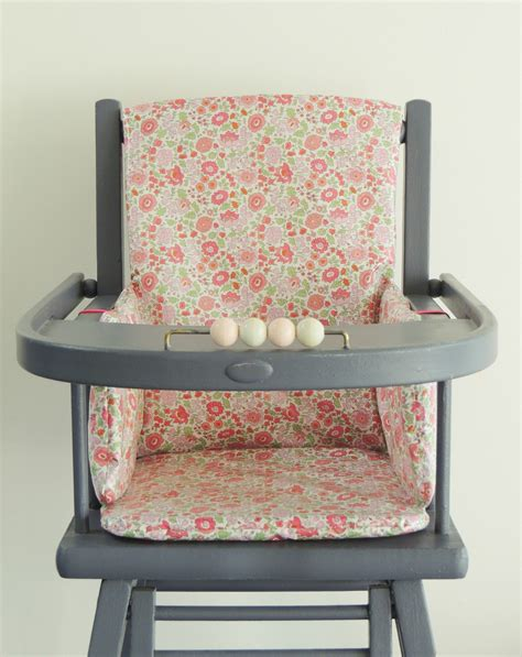 chaise haute bois bebe coussin chaise haute combelle bois advice for your home decoration