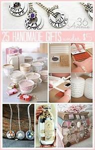 25 Handmade Gifts Under $5 includes tutorials cozies