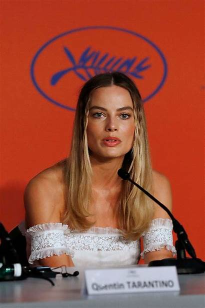 Margot Robbie Upon Once Hollywood Conference Press