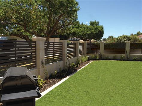 Backyard Screening Options by Quality Aluminium Screens And Slat Fencing Boardwalk