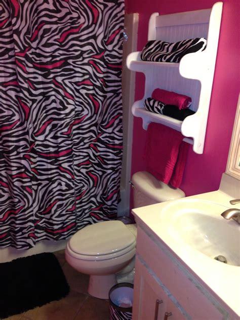 Zebra Bathroom Ideas by Zebra Bathroom Zebra Bathroom