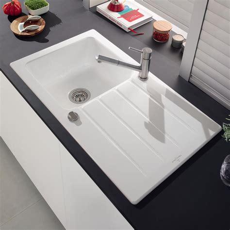 evier cuisine dimension evier villeroy boch en céramique blanc architectura 1
