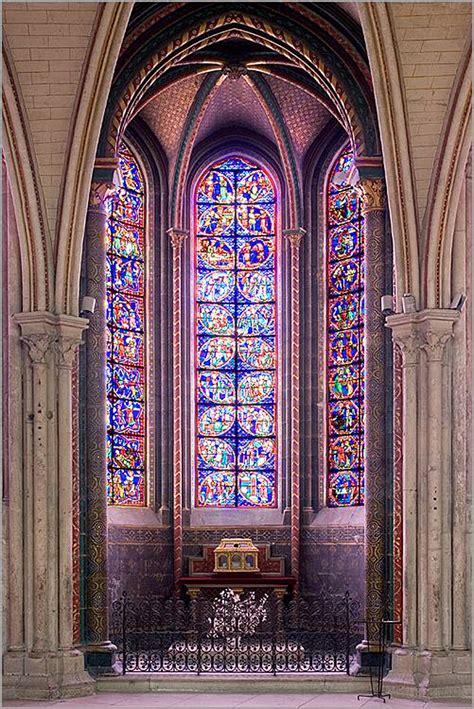 os vitrais medievais
