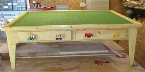 build  child   wooden train table
