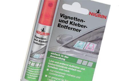 mellerud aufkleber und klebereste entferner vignette der windschutzscheibe entfernen test bild 9 autozeitung de