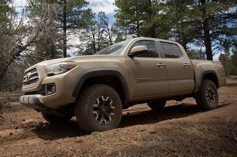 Toyota Tacoma Road by 2017 Toyota Tacoma Reviews And Rating Motor Trend