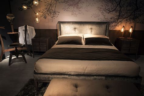 contemporary bedroom lighting gold glitter and endless luxury 15 opulent bedrooms from 11207 | Ultra comfortable modern bedroom with lighting that sets the mood