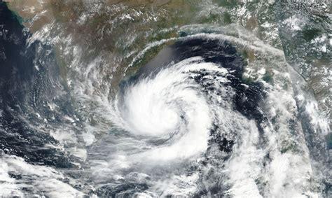 Pētījums: Viesuļvētras visā pasaulē kļūst arvien ...