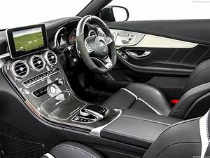 Mercedes C63 Amg 2017 : 2017 mercedes c63 amg coupe interior ~ Carolinahurricanesstore.com Idées de Décoration