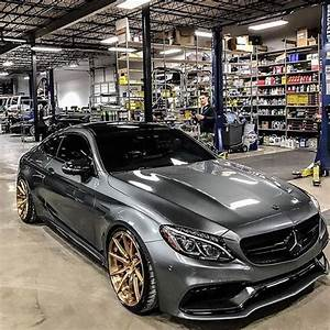 Garage Mercedes Strasbourg : 1000 ideas about car garage on pinterest house plans ~ Gottalentnigeria.com Avis de Voitures