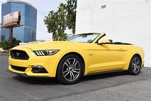 Ford Mustang GT 5.0 Convertible - Select Exotic Cars