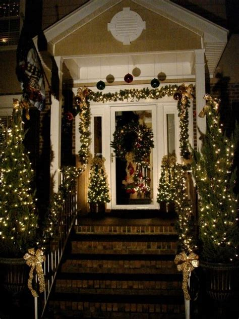 simple elegant christmas lights outside 178 best over the top christmas images on pinterest