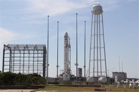 spectacular antares commercial rocket launch