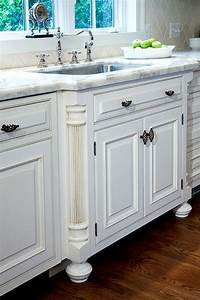 French country kitchen Sink detail w / fluted column legs