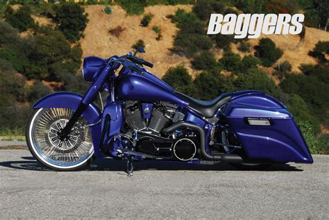 Harley-davidson Softail Deluxe Wallpaper And Background