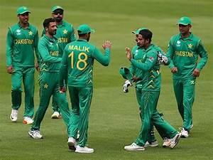 Betting on Pakistan after #PakvsInd was a madman's bet ...
